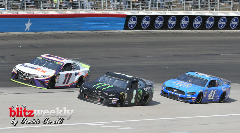 Monster-Energy-Cup-Series-15