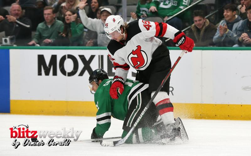 Stars-vs-Devils-40