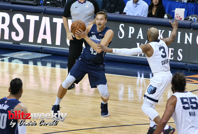 Mavs vs Grizzlies (30)