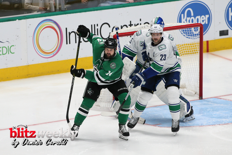 Stars-vs-Canucks-12