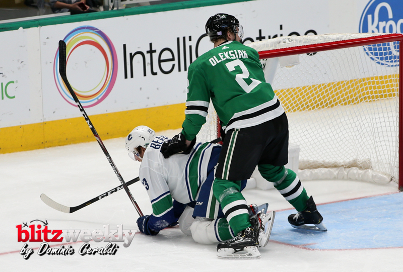 Stars-vs-Canucks-2