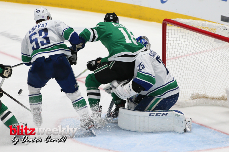Stars-vs-Canucks-61