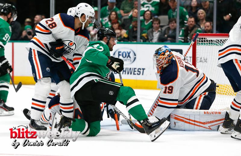 Stars-vs-Oilers-11