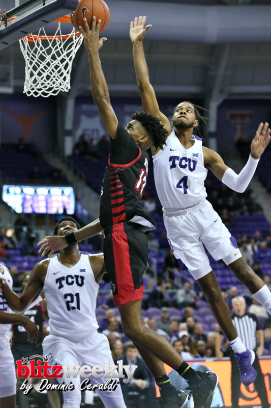 TCU-vs-Ragin-Cajuns-102