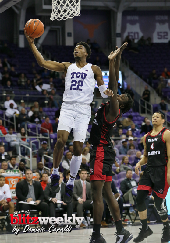 TCU-vs-Ragin-Cajuns-35