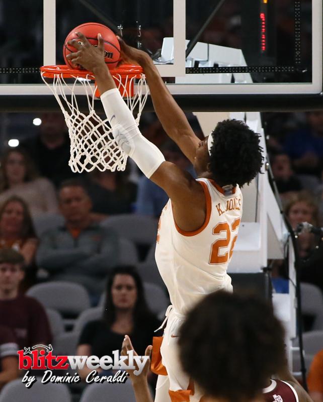 Texas-vs-Texas-AM-NCAABB-14