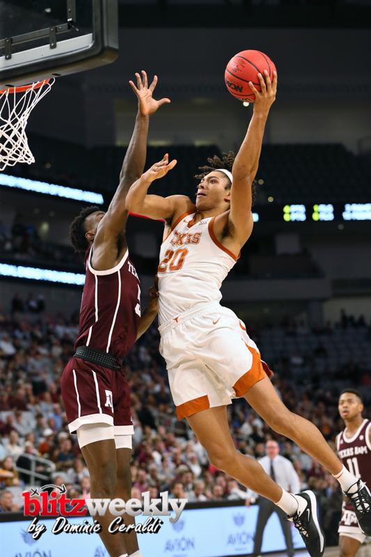 Texas-vs-Texas-AM-NCAABB-15