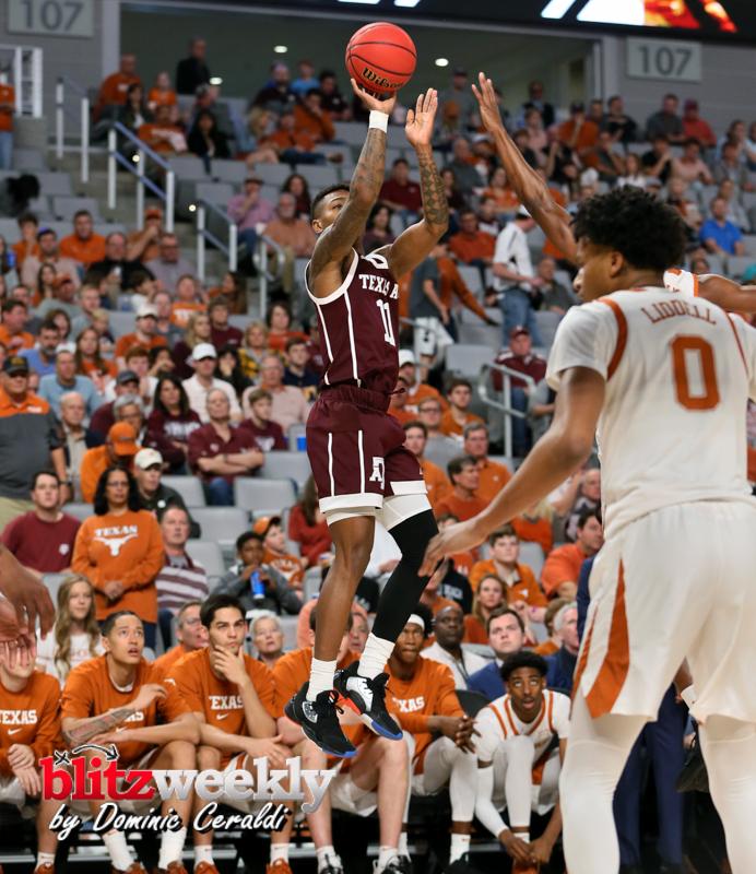 Texas-vs-Texas-AM-NCAABB-19