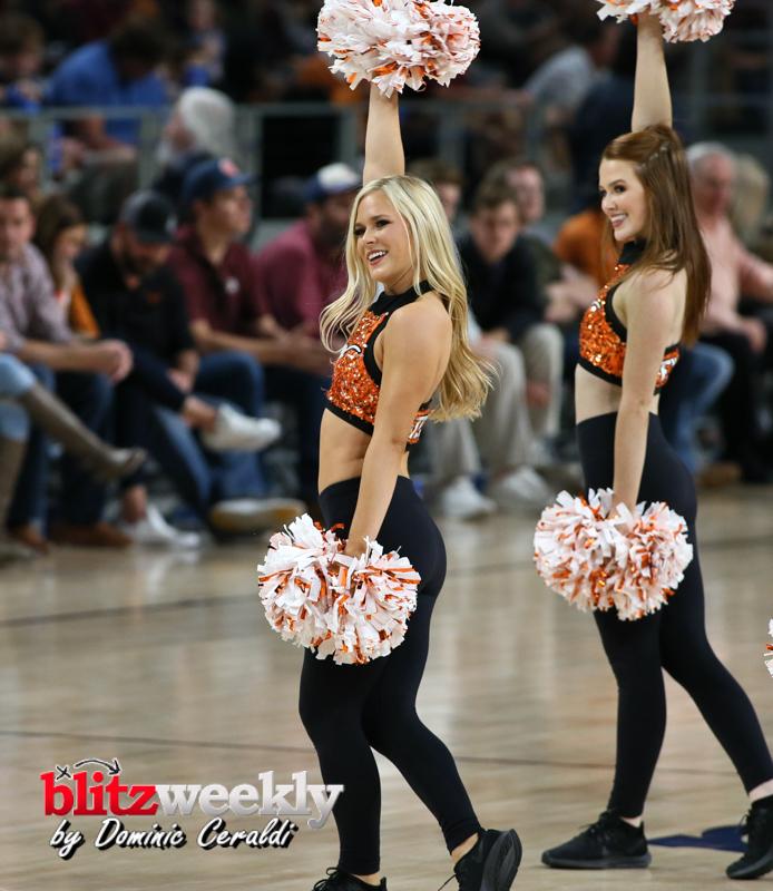 Texas-vs-Texas-AM-NCAABB-3