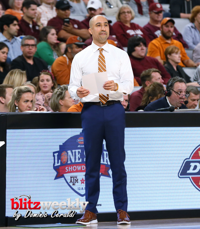 Texas-vs-Texas-AM-NCAABB-30