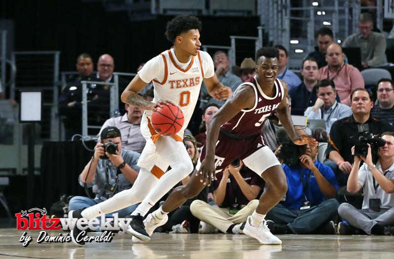 Texas-vs-Texas-AM-NCAABB-32