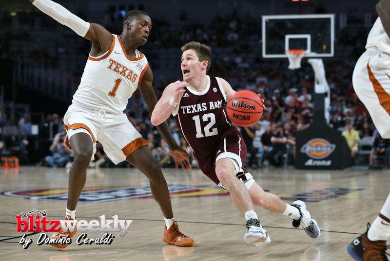 Texas-vs-Texas-AM-NCAABB-39