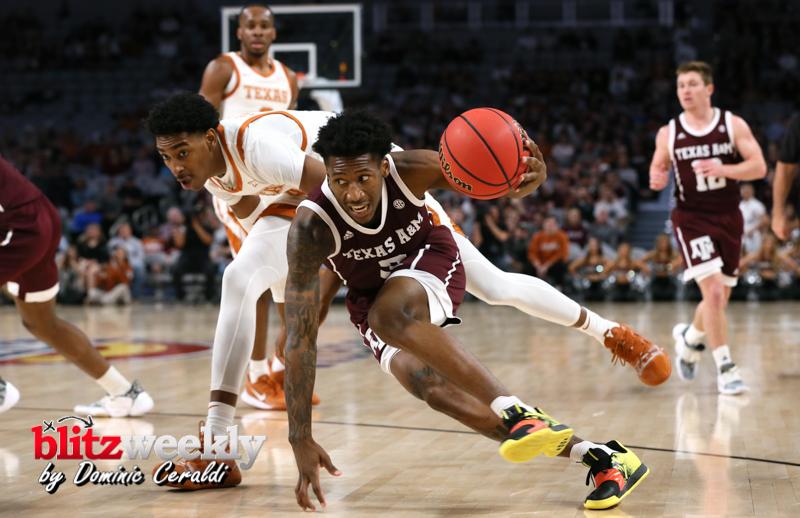 Texas-vs-Texas-AM-NCAABB-4