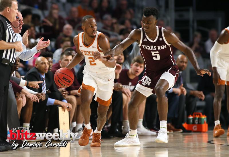 Texas-vs-Texas-AM-NCAABB-51