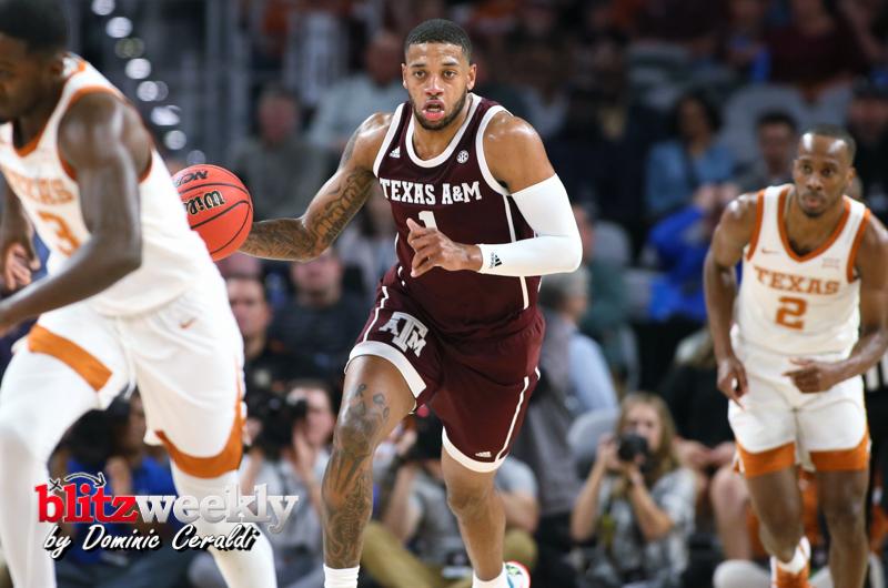 Texas-vs-Texas-AM-NCAABB-52