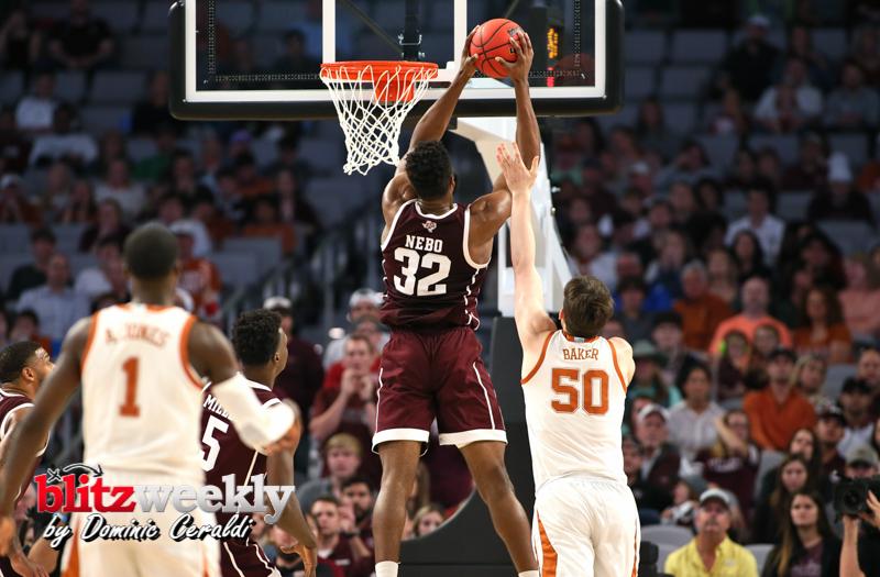 Texas-vs-Texas-AM-NCAABB-53