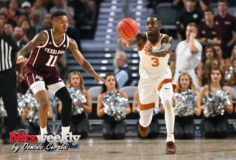 Texas-vs-Texas-AM-NCAABB-54
