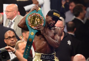 mayweather-defeats-pacquiao-move-49-0