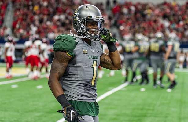 Baylor Bears WR Corey Coleman will look to pad his season stats against the inept Kansas Jayhawks on Saturday. Photo Courtesy: Matthew Lynch