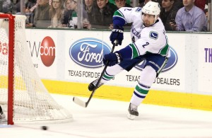 The Dallas Stars sign former Vancouver Canucks Defenseman Dan Hamhuis. Photo Courtesy: Dominic Ceraldi