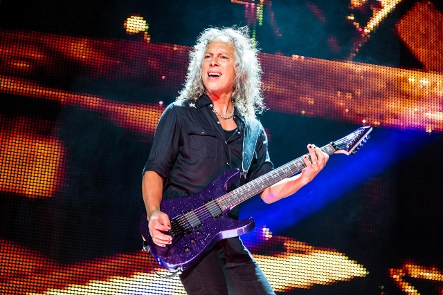 Kirk Hammett enjoying the love from the fans at Jerry World. Photo Courtesy: Matt Pearce